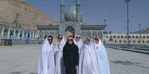 Our Australian Friends enjoying food and culture | Iran Tour for Australians