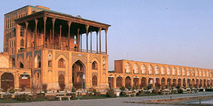 isfahan-s-ali-qapu-mansion