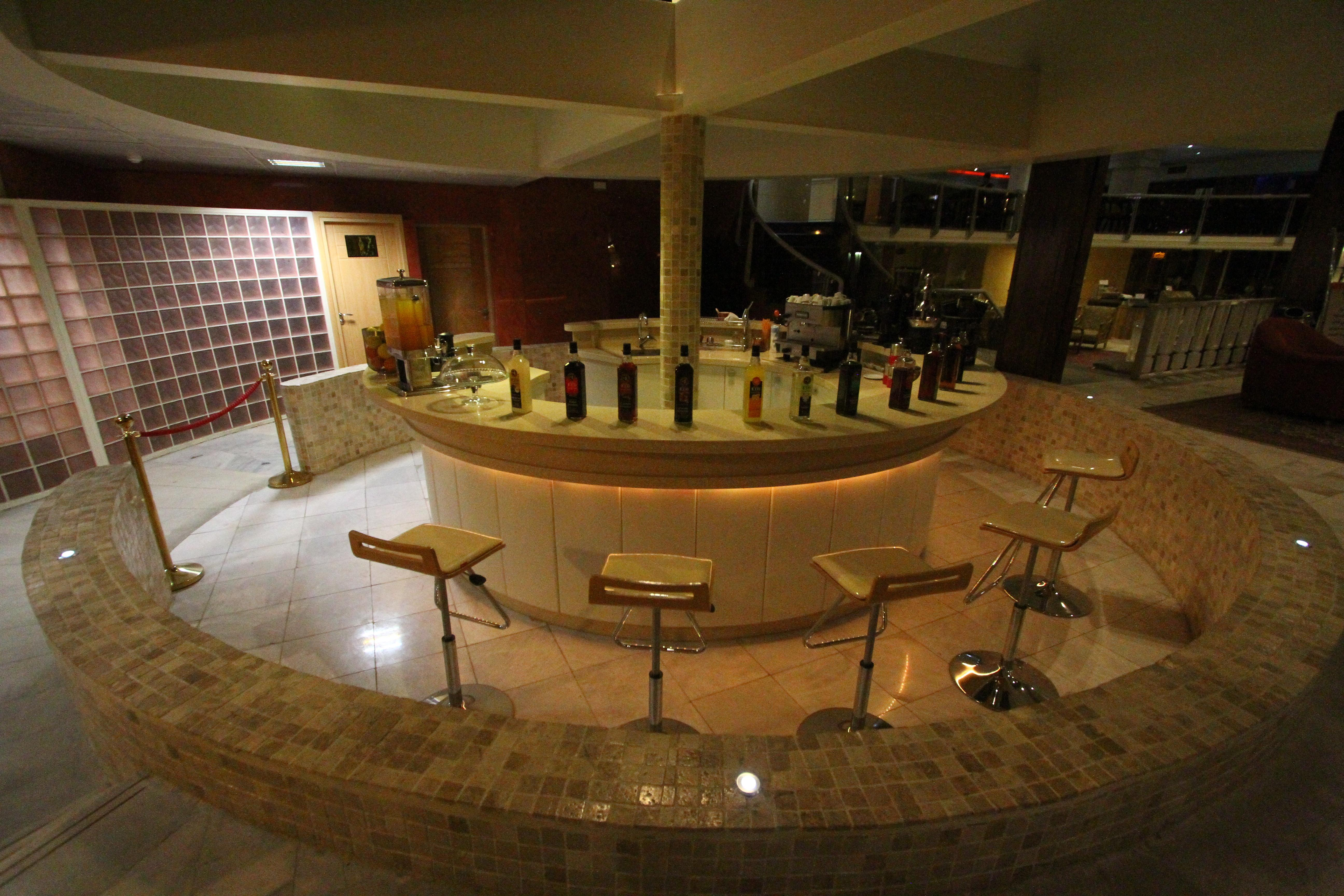 Verriere Cuisine Avec Ouvrant ~ Piroozi Hotel Isfahan Let S Go Iran